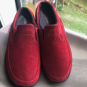 LL bean red suede ladies shoes 8M
